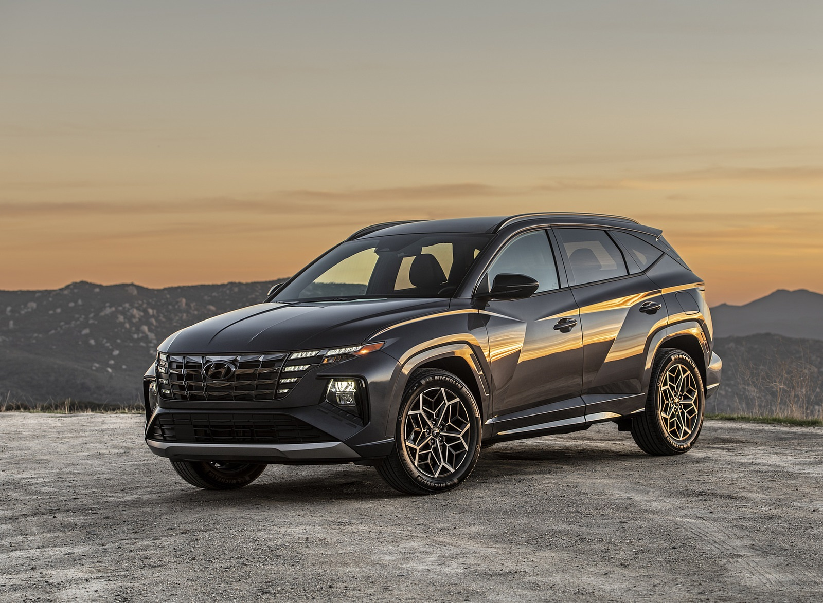 2022 Hyundai Tucson N Line Front Three-Quarter Wallpapers  (5)