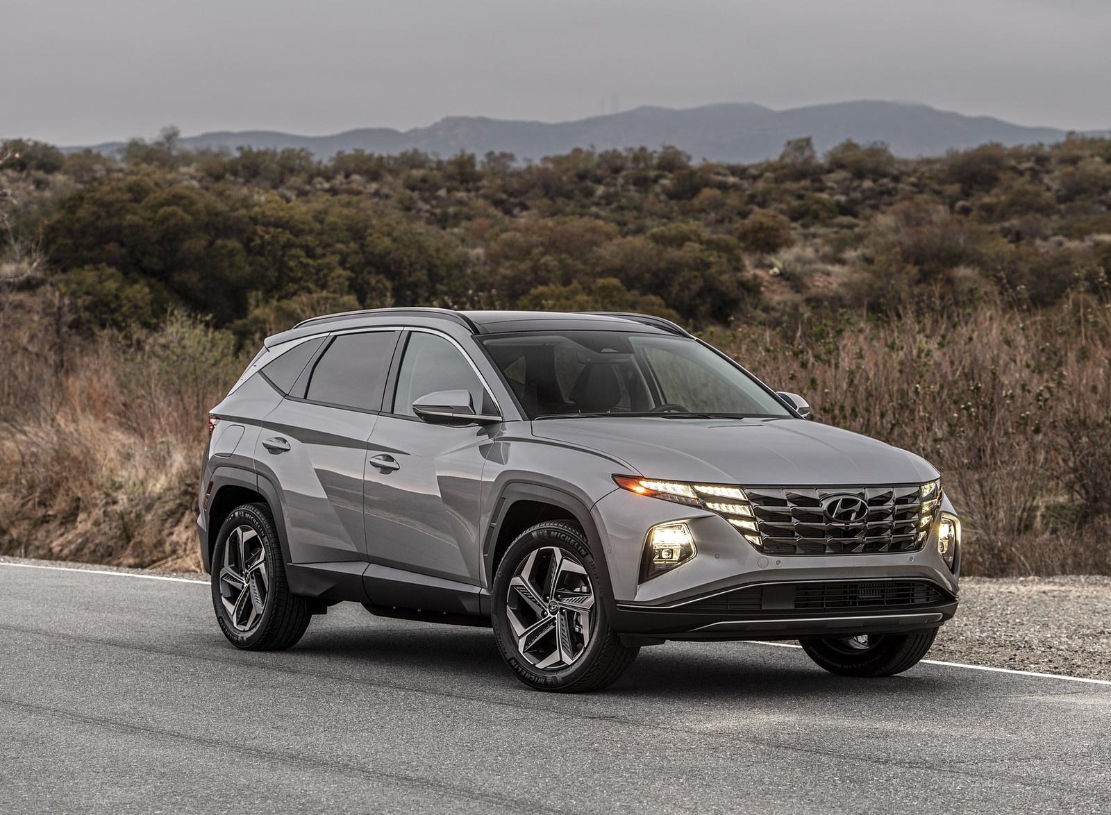 2022 Hyundai Tucson Plug-In Hybrid Front Three-Quarter Wallpapers  (4)