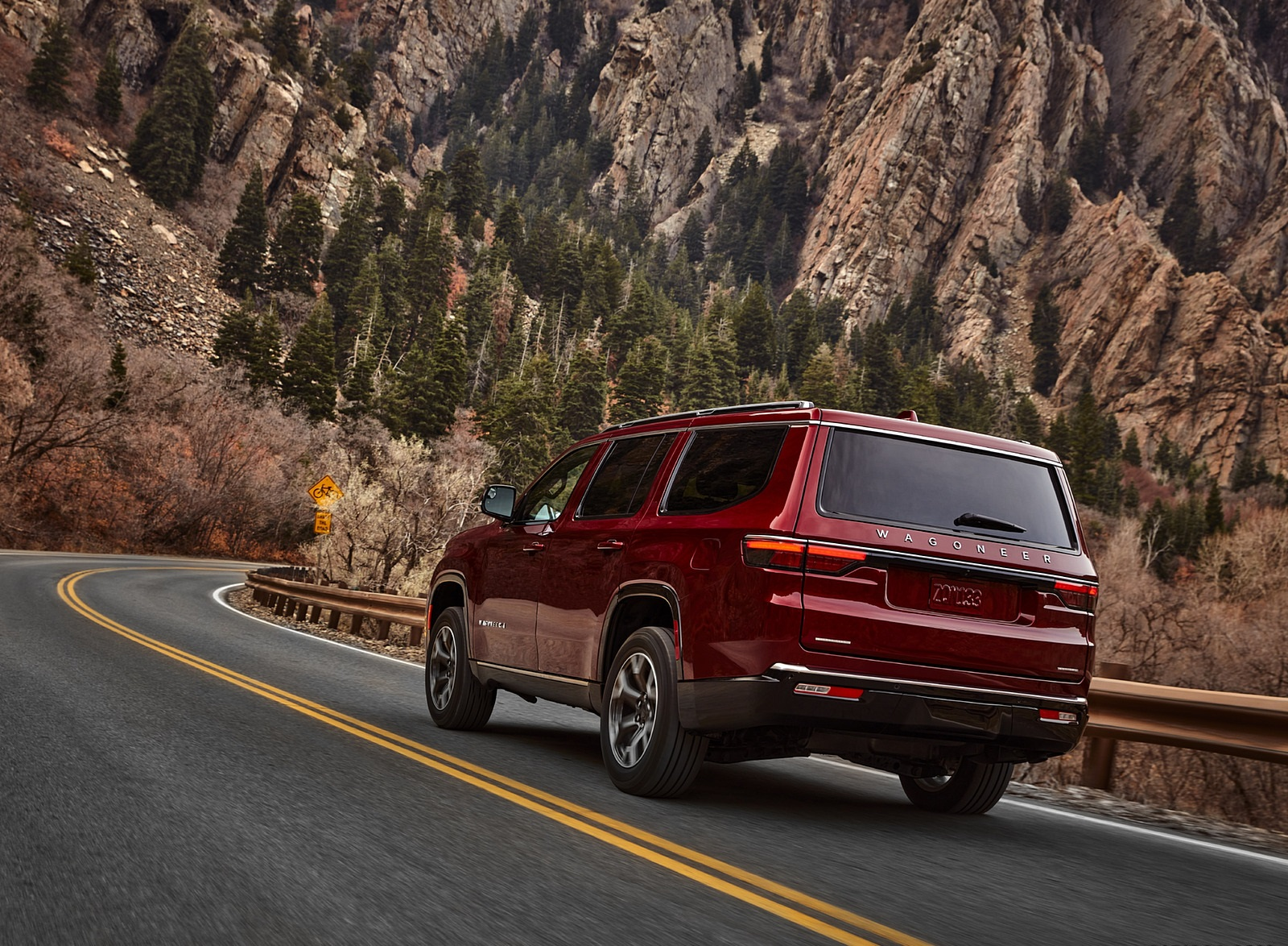 2022 Jeep Wagoneer Rear Three-Quarter Wallpapers (8)