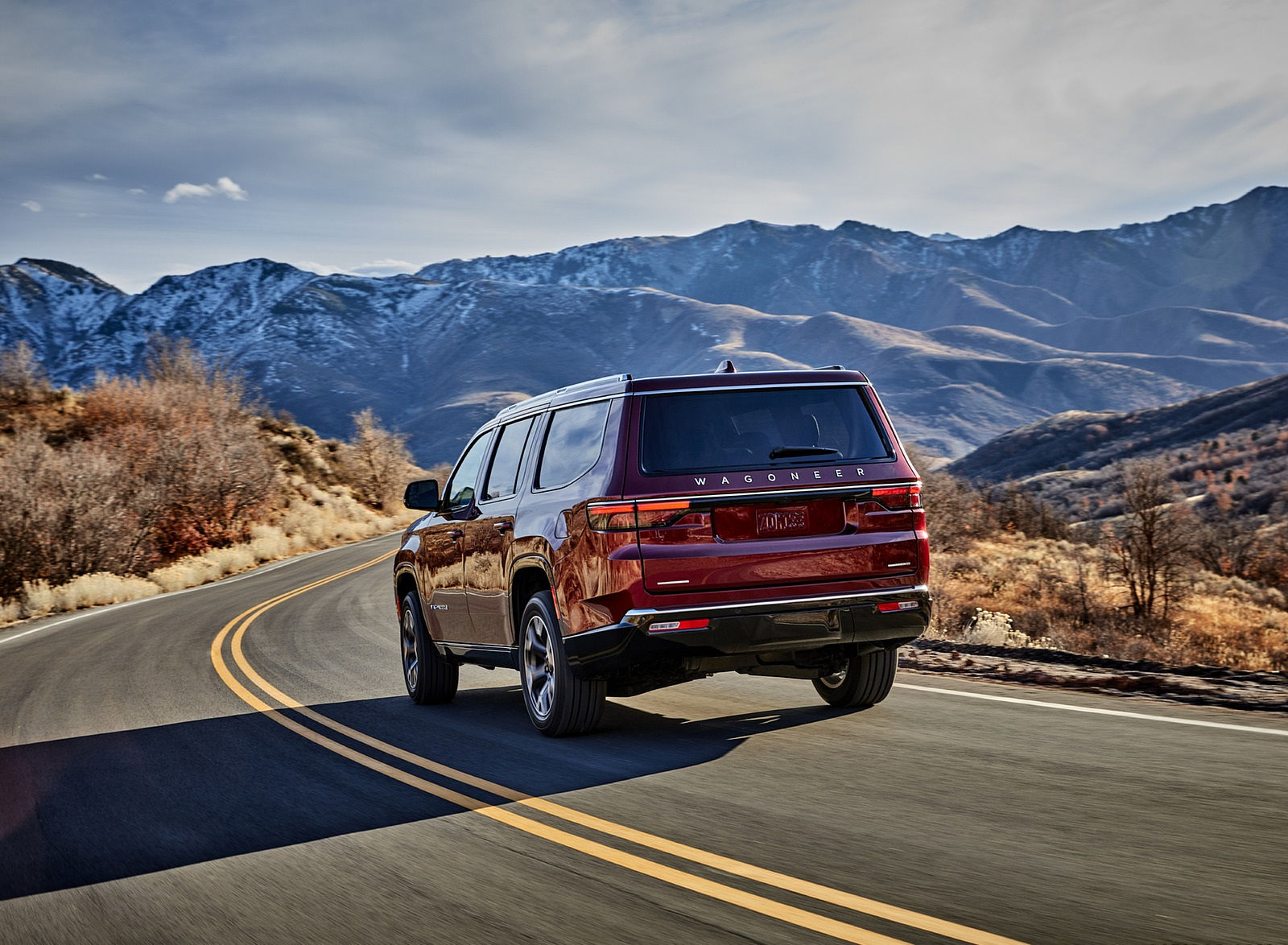 2022 Jeep Wagoneer Rear Three-Quarter Wallpapers (6)
