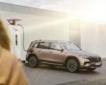 2022 Mercedes-Benz EQB Electric Art Line (Color: Rose Gold) Front Three-Quarter Wallpapers 150x120 (25)