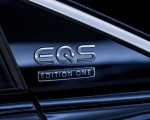 2022 Mercedes-Benz EQS 580 4MATIC AMG-Line Edition 1 (Color: High-Tech Silver Obsidian Black) Badge Wallpapers 150x120 (38)