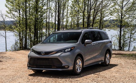 2022 Toyota Sienna Woodland Special Edition Wallpapers HD