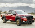 2021 Honda Ridgeline Sport with HPD Package Front Three-Quarter Wallpapers 150x120 (20)