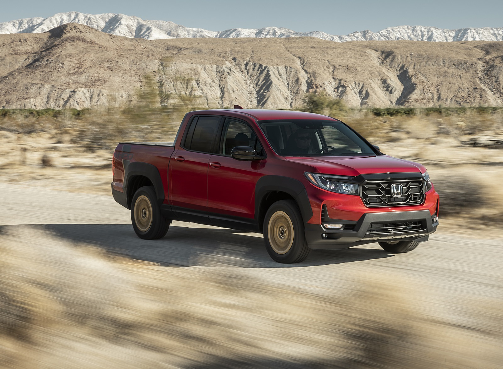 2021 Honda Ridgeline Sport with HPD Package Front Three-Quarter Wallpapers (3)