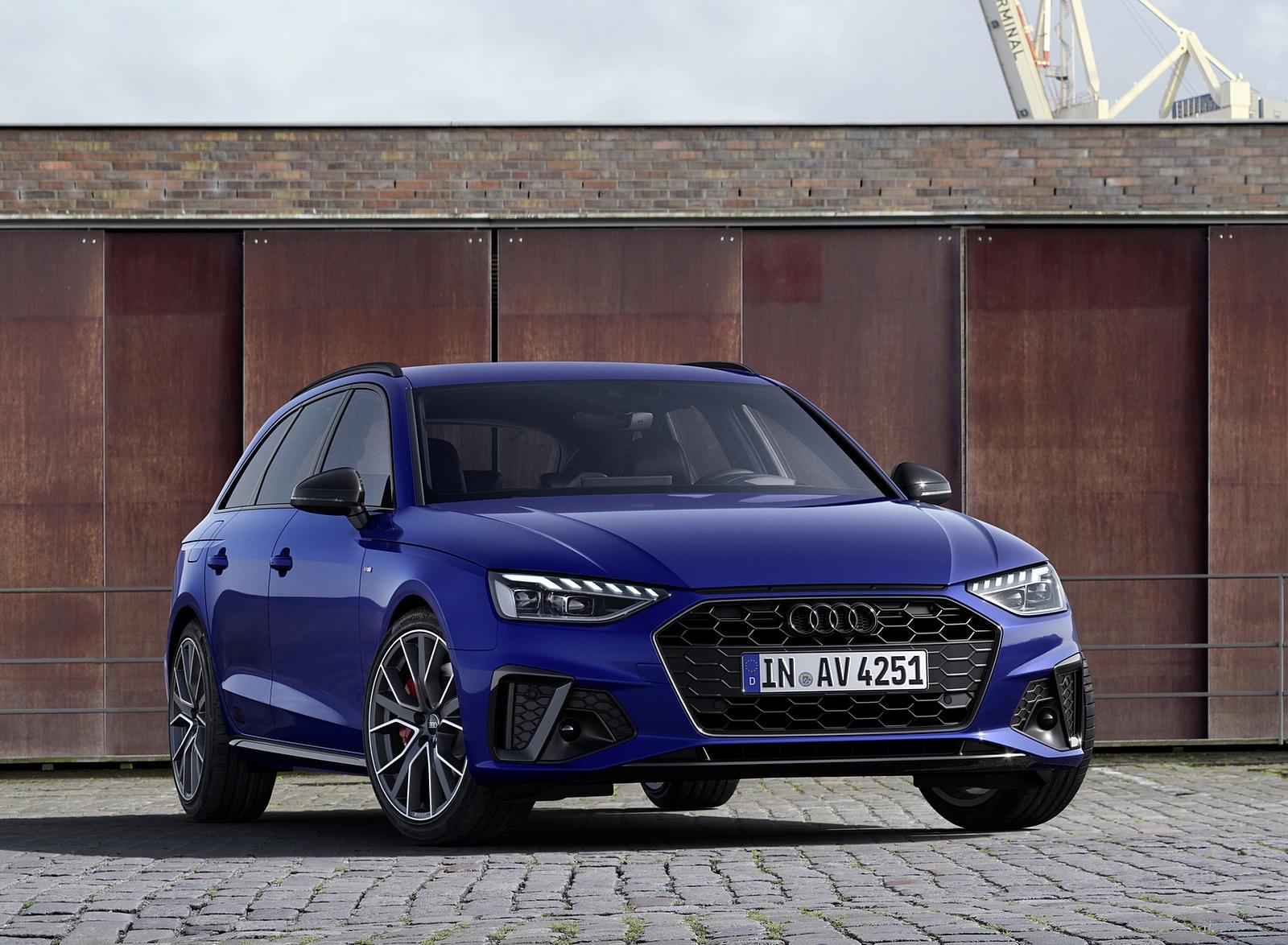 2022 Audi A4 Avant S Line Competition Plus (Color: Navarra Blue Metallic) Front Wallpapers (8)