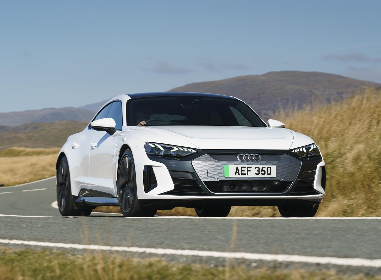 2022 Audi e-tron GT (UK-Spec) Front Wallpapers  (8)