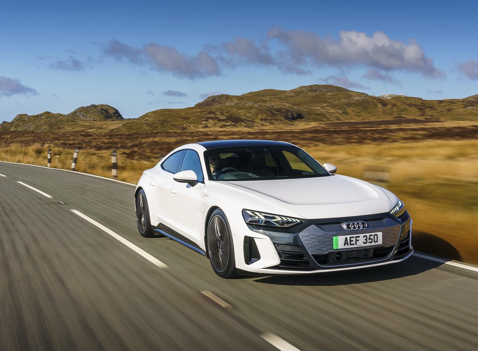 2022 Audi e-tron GT (UK-Spec) Front Wallpapers (1)