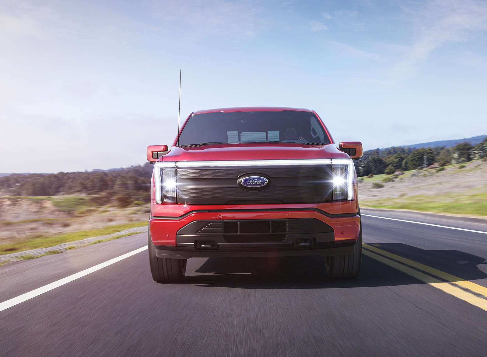2022 Ford F-150 Lightning Lariat Front Wallpapers (2)