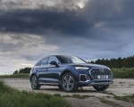 2021 Audi Q5 Sportback (UK-Spec) Front Three-Quarter Wallpapers 150x120 (38)
