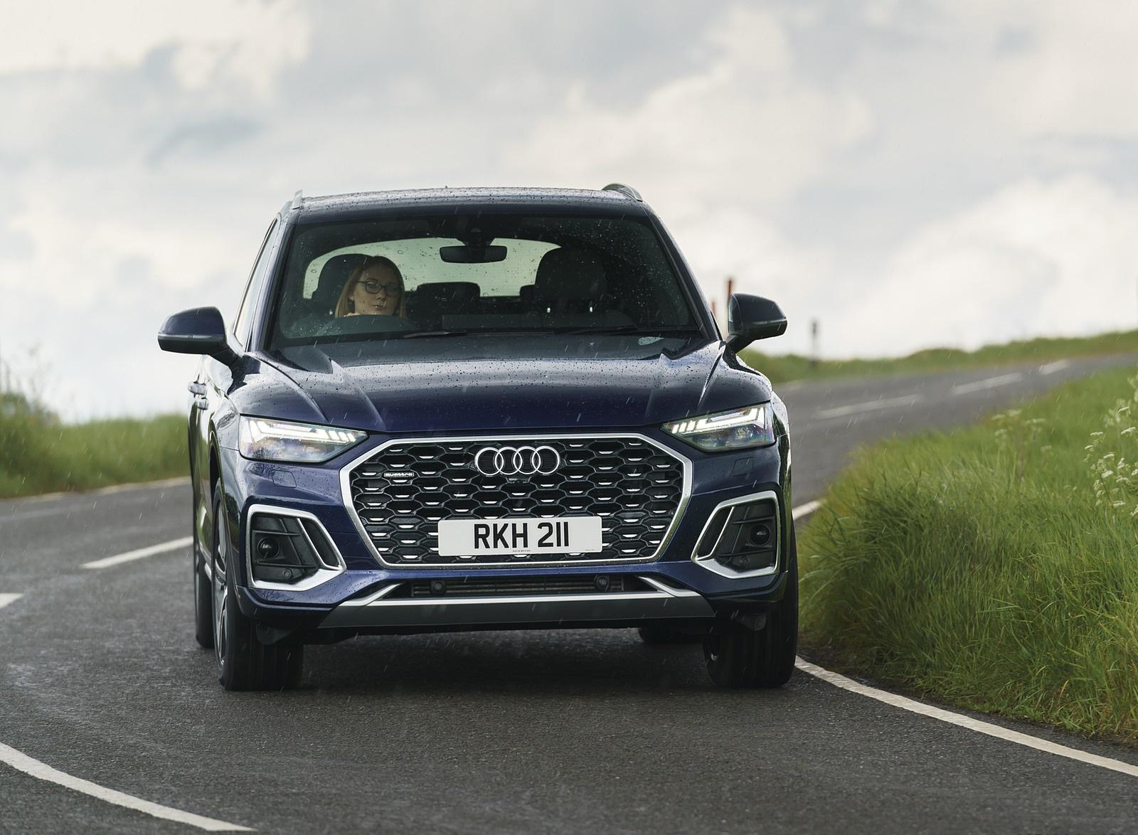 2021 Audi Q5 Sportback (UK-Spec) Front Wallpapers  (7)