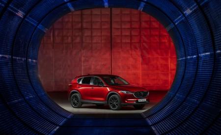 2021 Mazda CX-5 Kuro Edition Front Three-Quarter Wallpapers 450x275 (53)