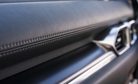2021 Mazda CX-5 Kuro Edition Interior Detail Wallpapers 450x275 (79)