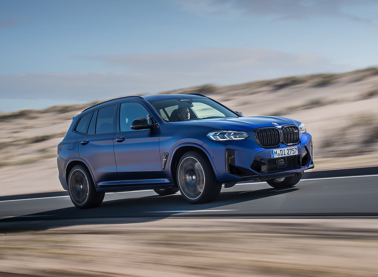 2022 BMW X3 M Competition Front Three-Quarter Wallpapers  (3)