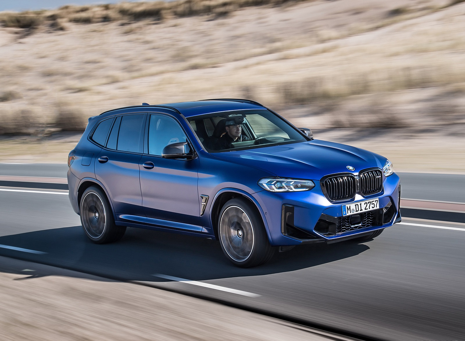 2022 BMW X3 M Competition Front Three-Quarter Wallpapers (2)