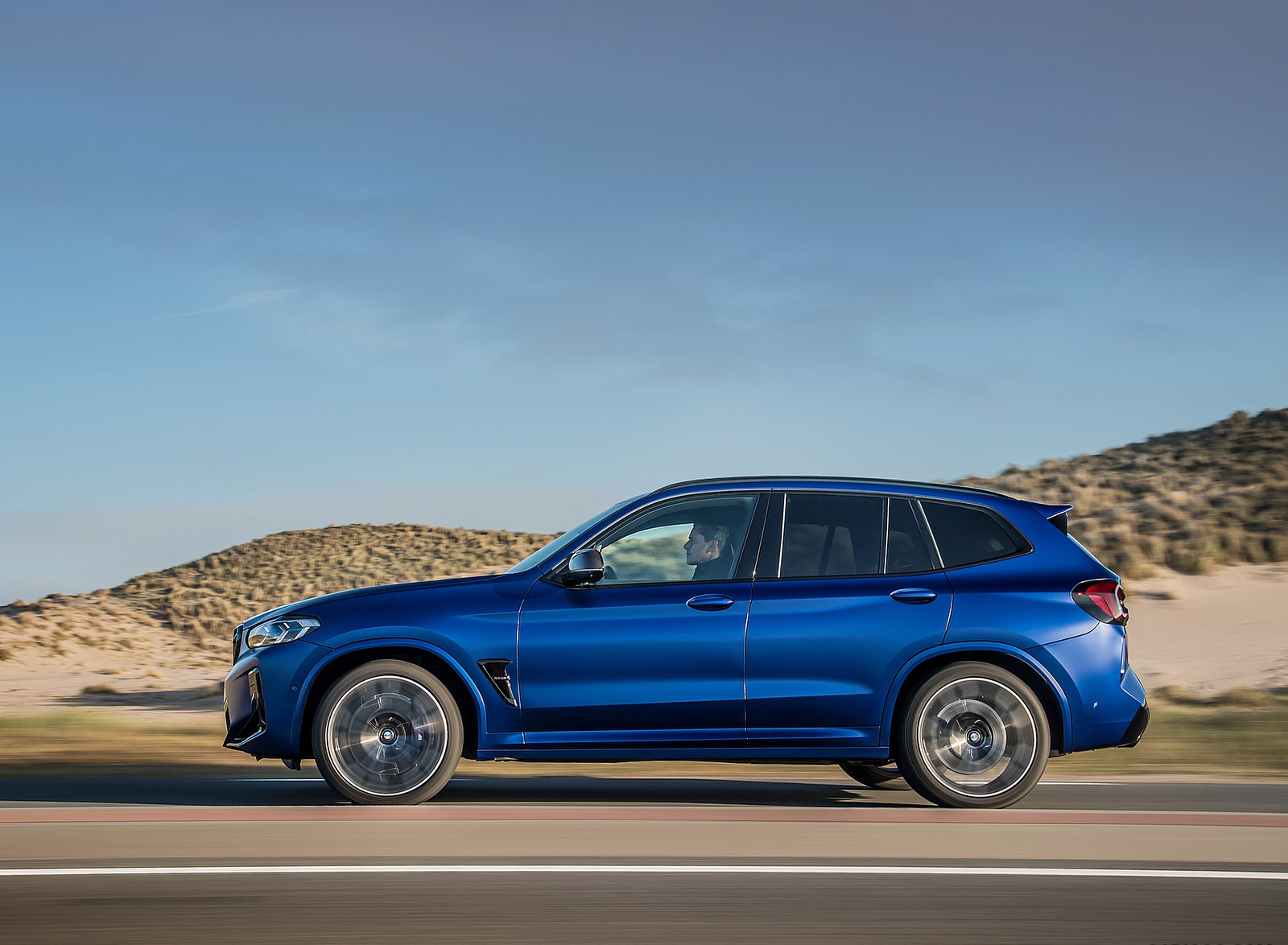 2022 BMW X3 M Competition Side Wallpapers (6)