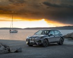 2022 BMW iX xDrive50 Front Three-Quarter Wallpapers 150x120 (37)