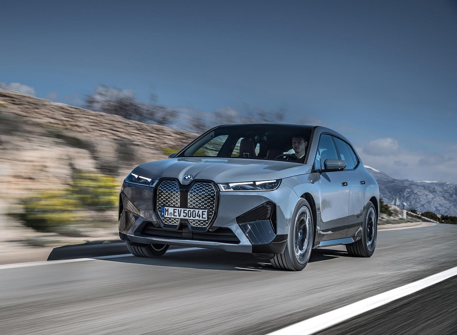 2022 BMW iX xDrive50 Front Three-Quarter Wallpapers (1)