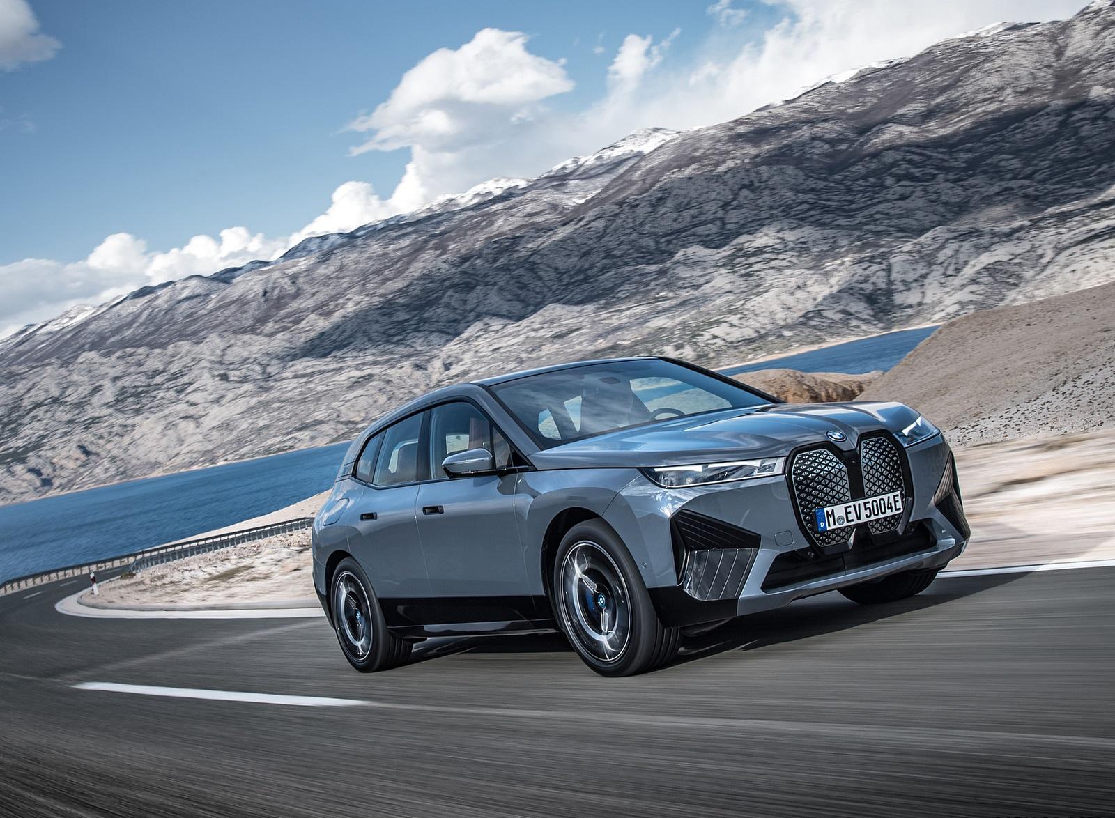 2022 BMW iX xDrive50 Front Three-Quarter Wallpapers (8)