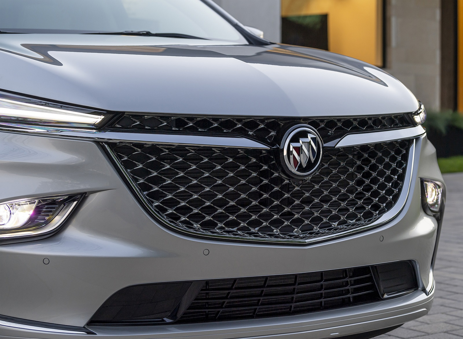 2022 Buick Enclave Avenir Grill Wallpapers (10)