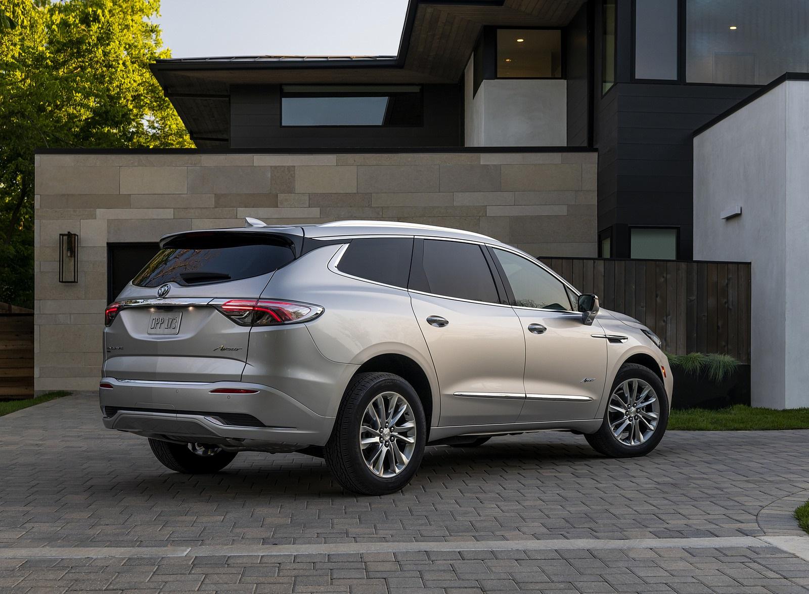 2022 Buick Enclave Avenir Rear Three-Quarter Wallpapers (9)