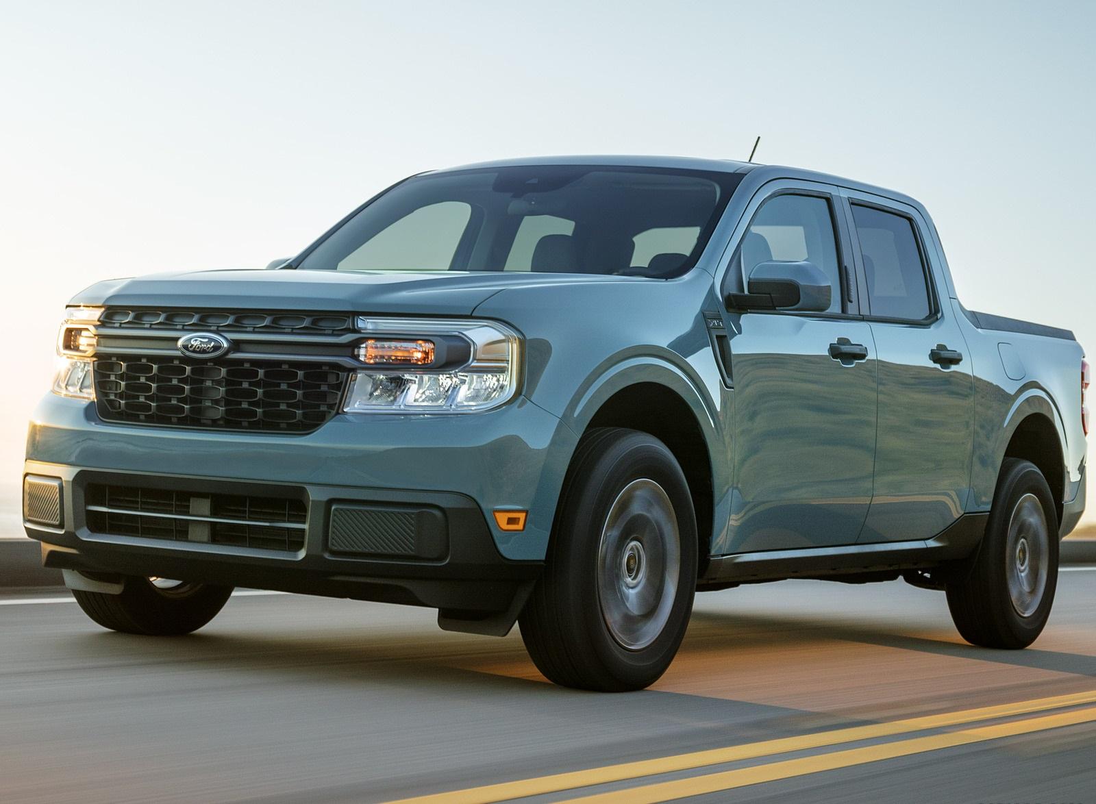 2022 Ford Maverick Hybrid XLT Front Three-Quarter Wallpapers  (3)