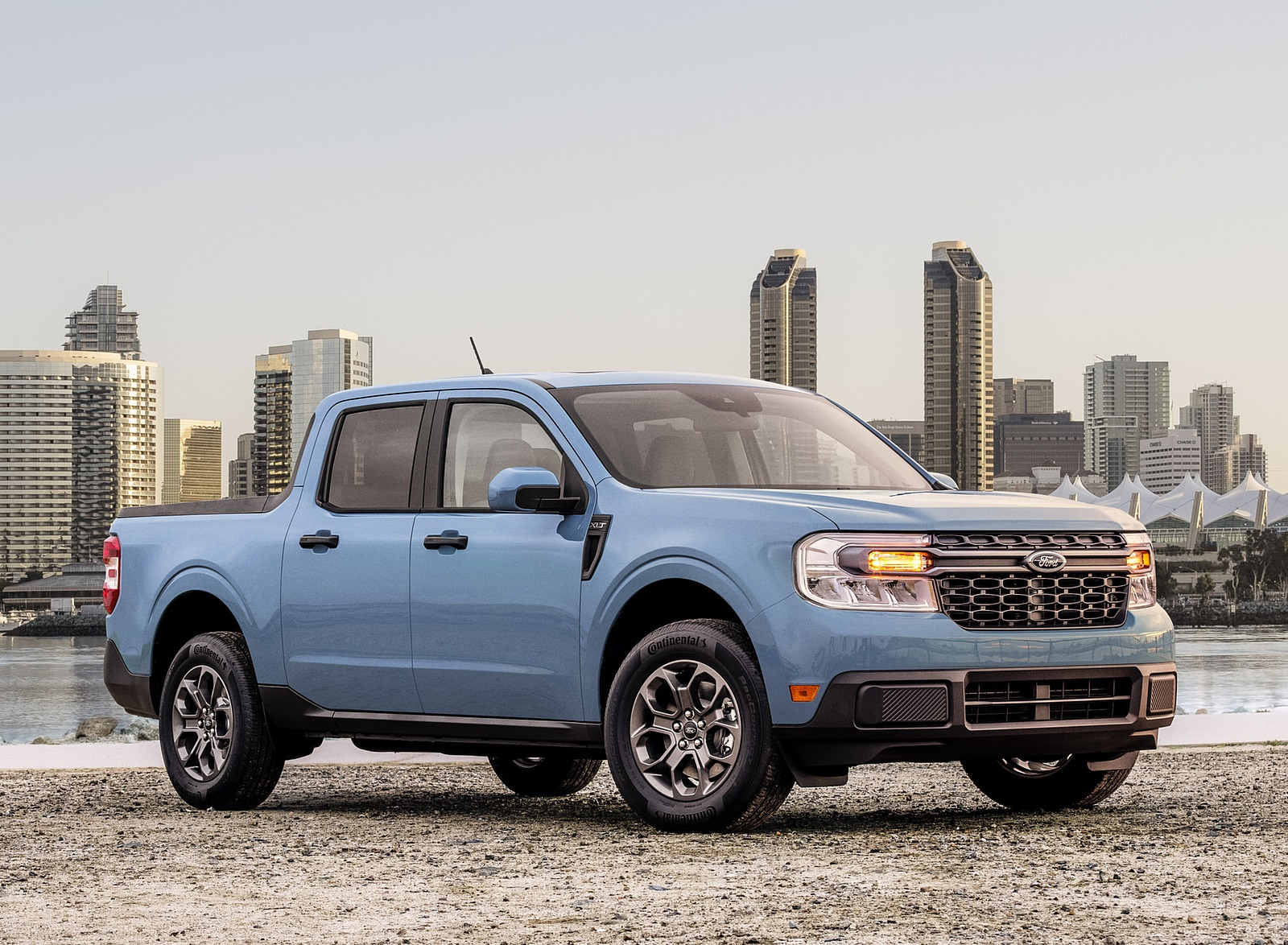 2022 Ford Maverick Hybrid XLT Front Three-Quarter Wallpapers (9)