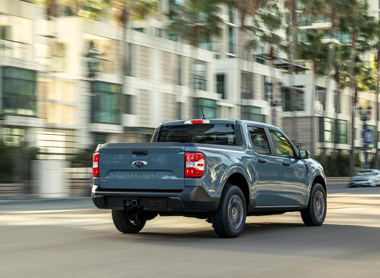 2022 Ford Maverick Hybrid XLT Rear Three-Quarter Wallpapers (6)