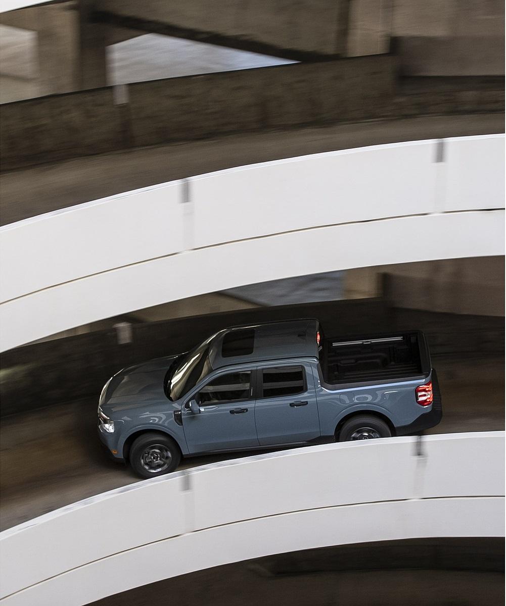2022 Ford Maverick Hybrid XLT Side Wallpapers (7)