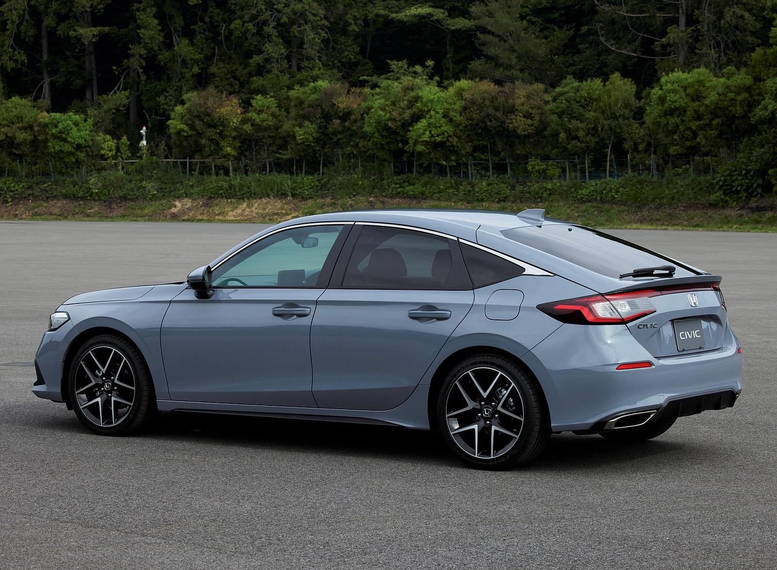 2022 Honda Civic Hatchback (Japan-Spec) Rear Three-Quarter Wallpapers (4)