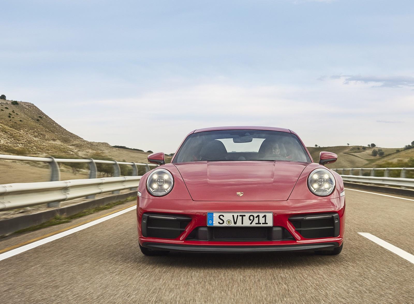 2022 Porsche 911 Carrera GTS Front Wallpapers (5)