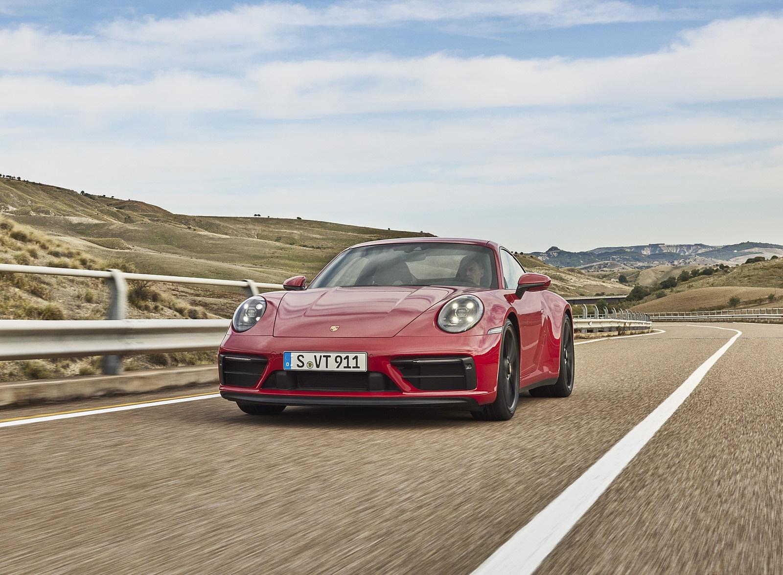 2022 Porsche 911 Carrera GTS Front Wallpapers (3)
