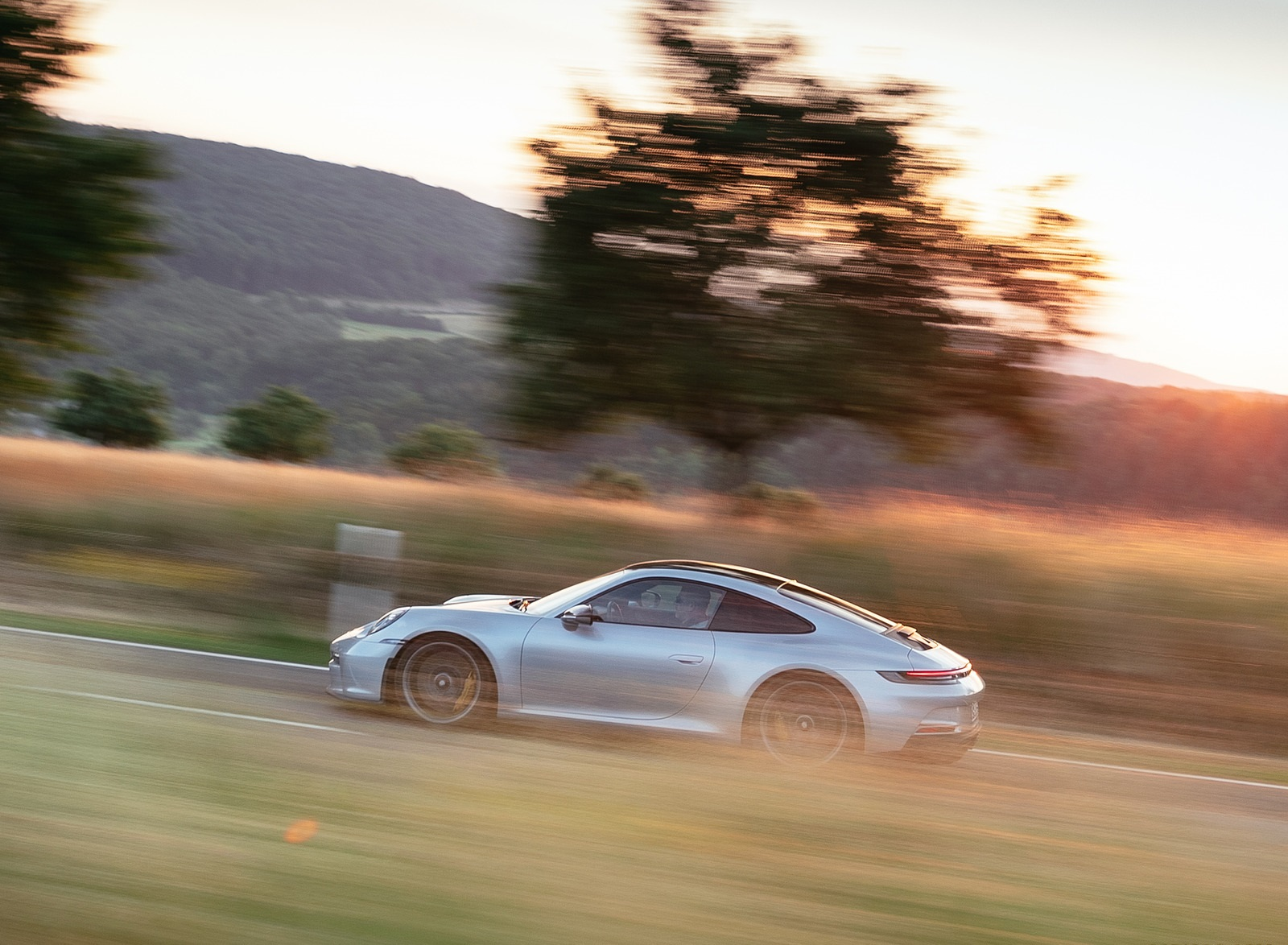 2022 Porsche 911 GT3 with Touring Package (PDK; Color: Dolomite Silver Metallic) Side Wallpapers (4)