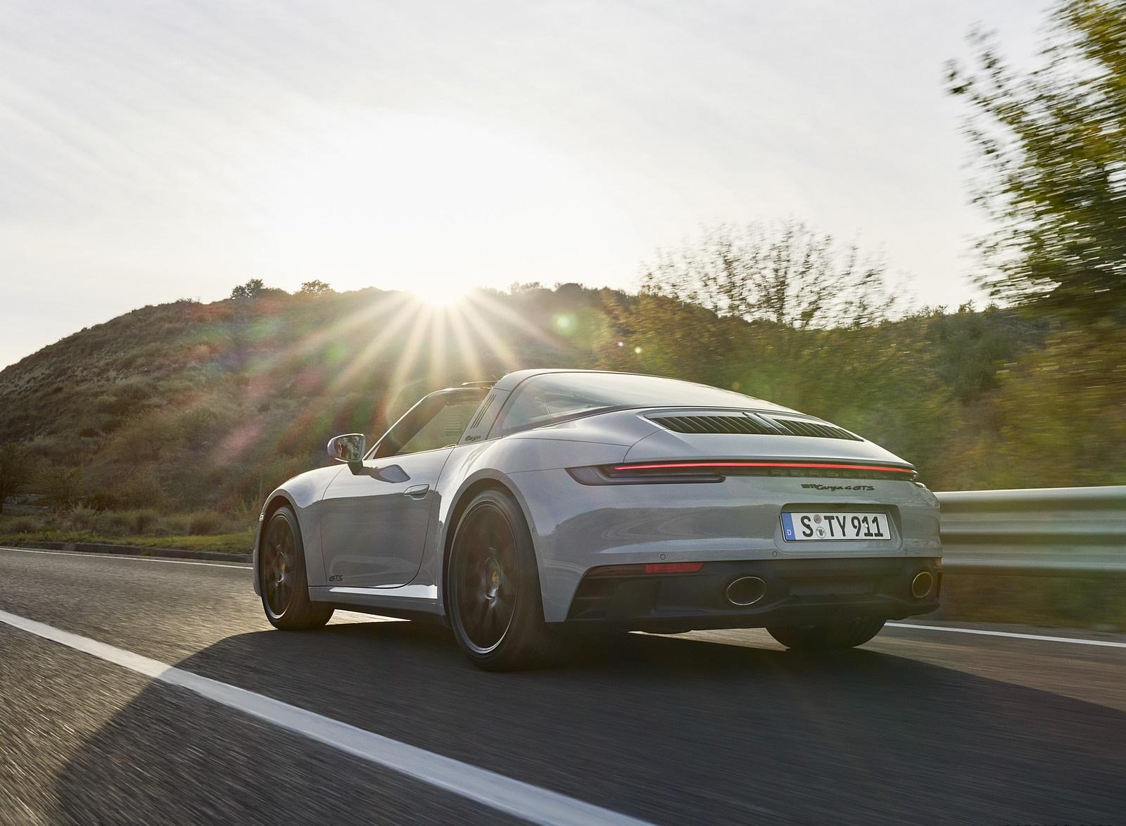 2022 Porsche 911 Targa 4 GTS Rear Three-Quarter Wallpapers (3)