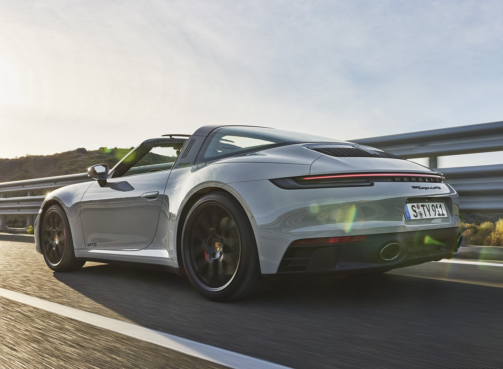 2022 Porsche 911 Targa 4 GTS Rear Three-Quarter Wallpapers (4)