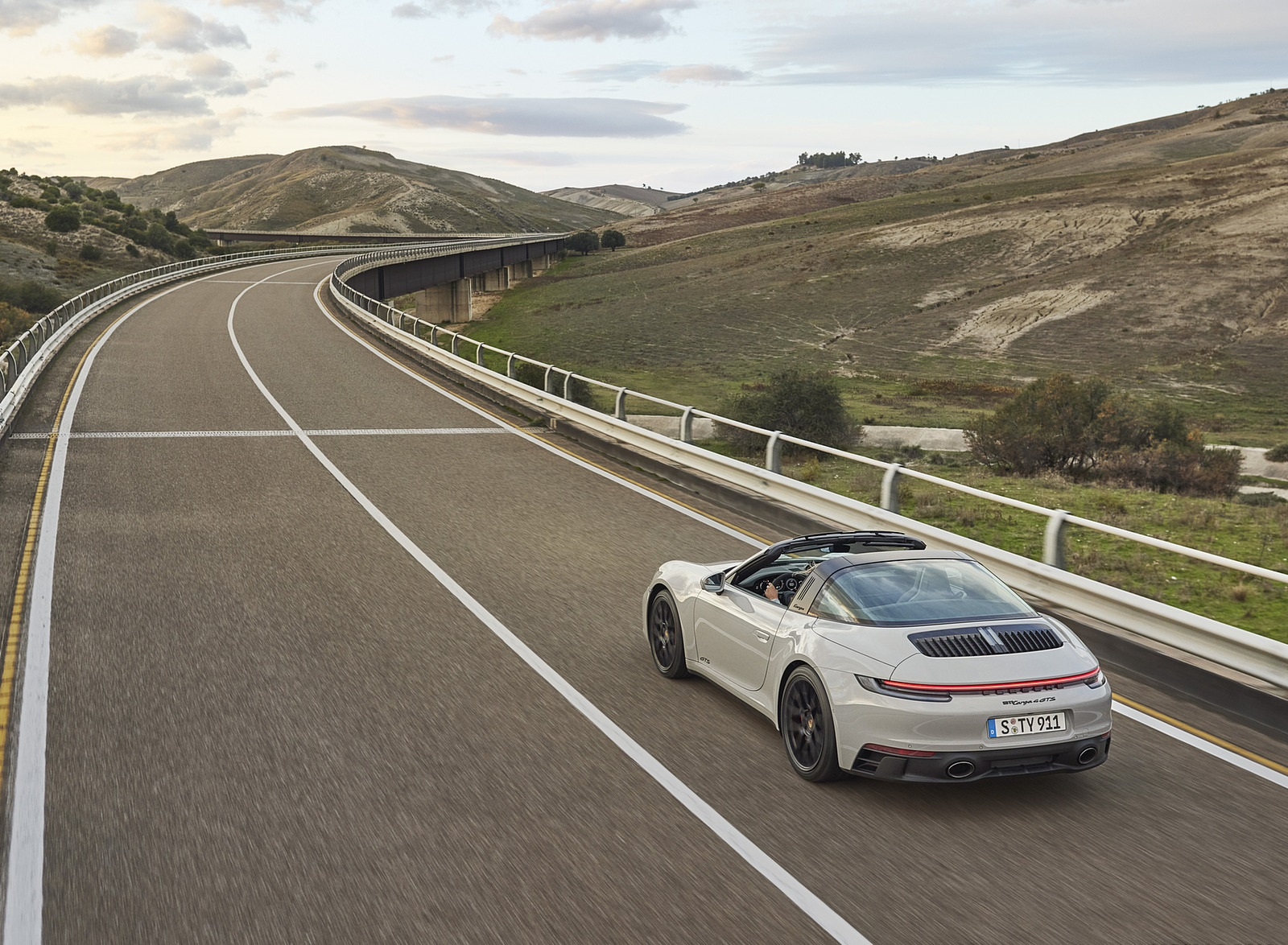 2022 Porsche 911 Targa 4 GTS Rear Three-Quarter Wallpapers (5)