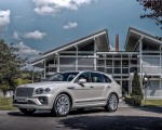 2021 Bentley Bentayga Plug-In Hybrid First Edition (Color: Ghost White) Front Three-Quarter Wallpapers 150x120 (23)