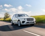 2021 Bentley Bentayga Plug-In Hybrid First Edition (Color: Ghost White) Front Three-Quarter Wallpapers 150x120 (18)