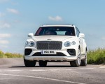 2021 Bentley Bentayga Plug-In Hybrid First Edition (Color: Ghost White) Front Wallpapers 150x120 (22)