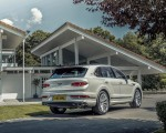 2021 Bentley Bentayga Plug-In Hybrid First Edition (Color: Ghost White) Rear Three-Quarter Wallpapers 150x120 (24)