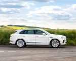 2021 Bentley Bentayga Plug-In Hybrid First Edition (Color: Ghost White) Side Wallpapers 150x120 (21)
