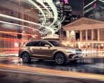 2021 Bentley Bentayga Plug-In Hybrid Front Three-Quarter Wallpapers 150x120 (49)