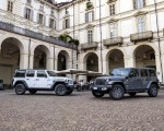 2021 Jeep Wrangler 4xe (Euro-Spec; Plug-In Hybrid) Front Three-Quarter Wallpapers 150x120 (33)