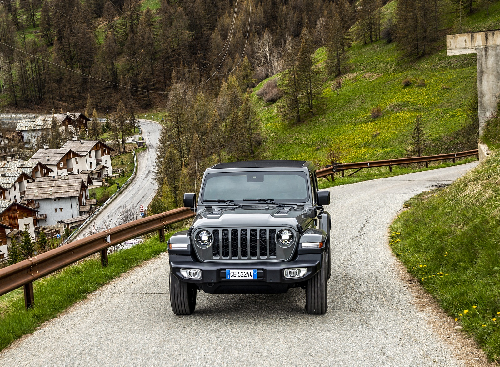 2021 Jeep Wrangler 4xe (Euro-Spec; Plug-In Hybrid) Front Wallpapers (8)