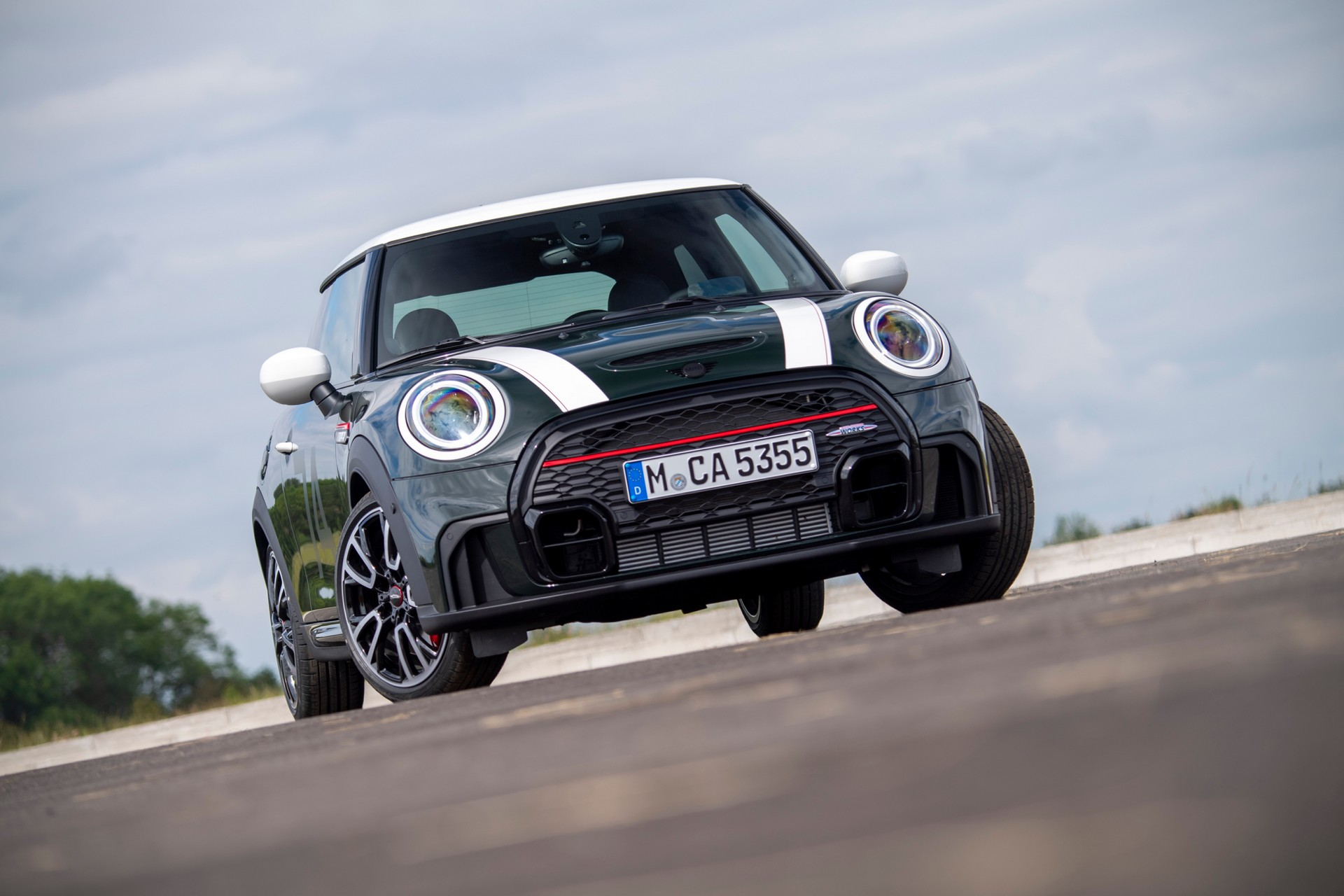 2021 Mini JCW Anniversary Edition Front Wallpapers (1)