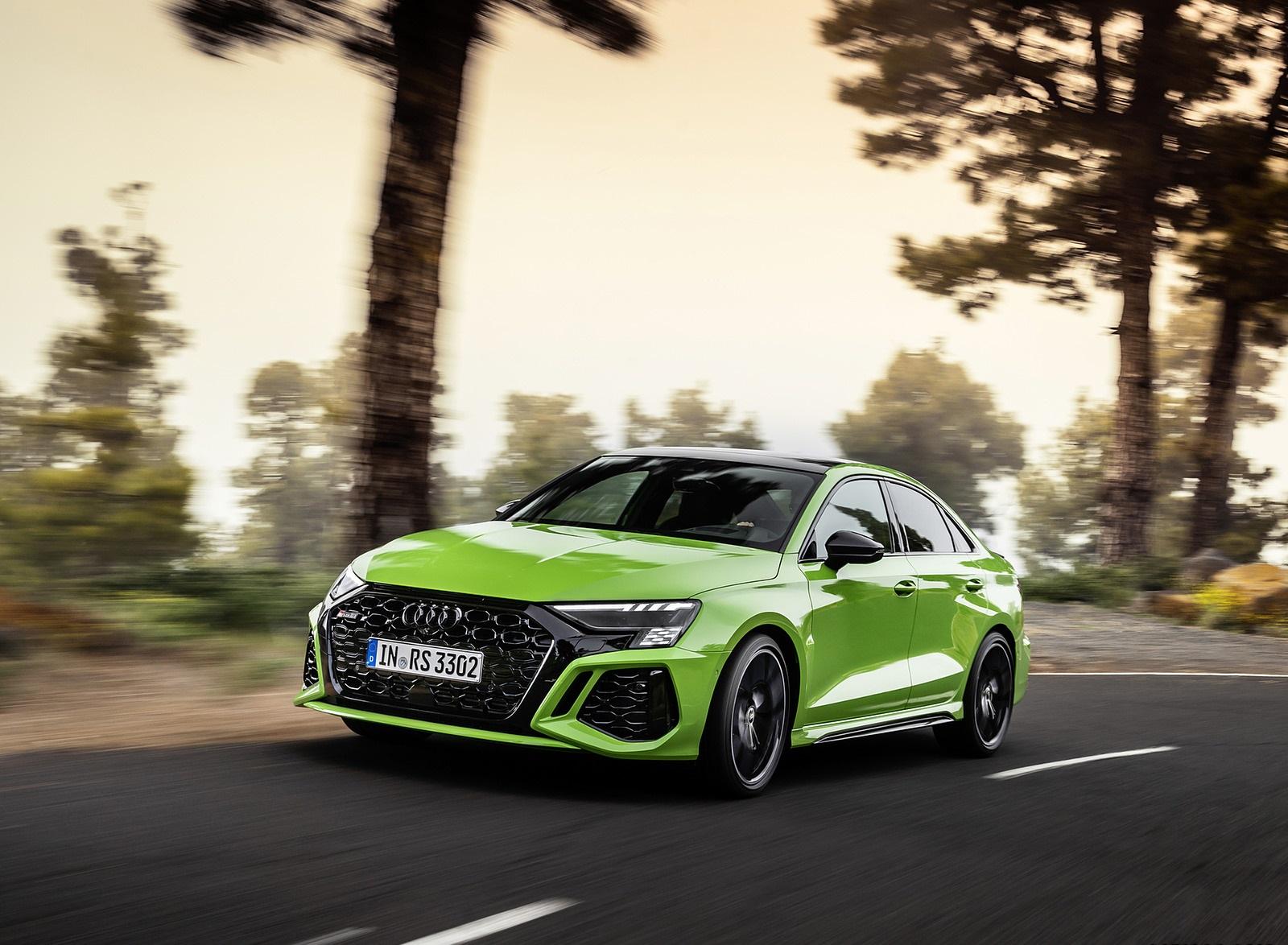 2022 Audi RS3 Sedan (Color: Kyalami Green) Front Three-Quarter Wallpapers (3)