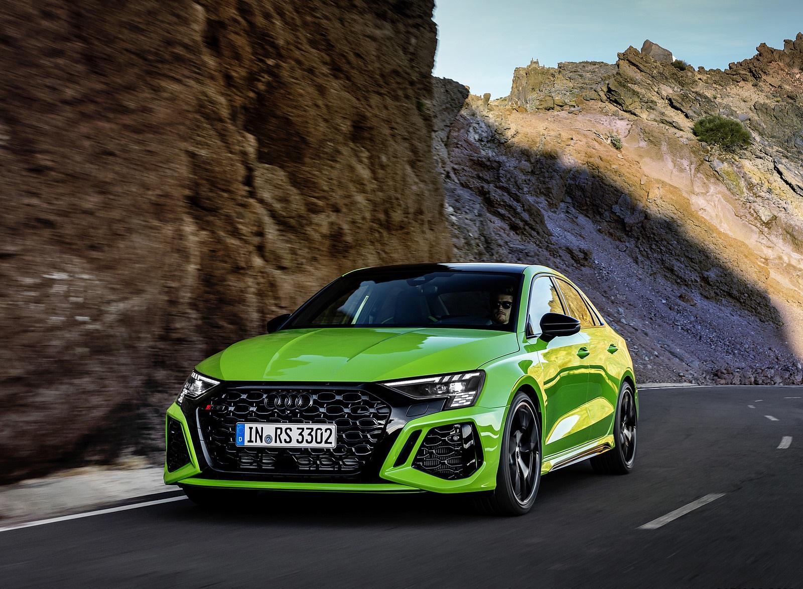 2022 Audi RS3 Sedan (Color: Kyalami Green) Front Wallpapers (8)