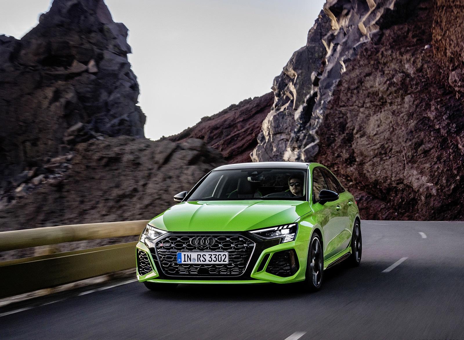 2022 Audi RS3 Sedan (Color: Kyalami Green) Front Wallpapers (10)