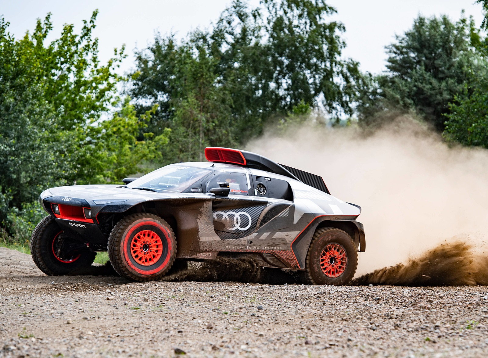 2022 Audi RS Q e-tron Dakar Rally Off-Road Wallpapers  (2)