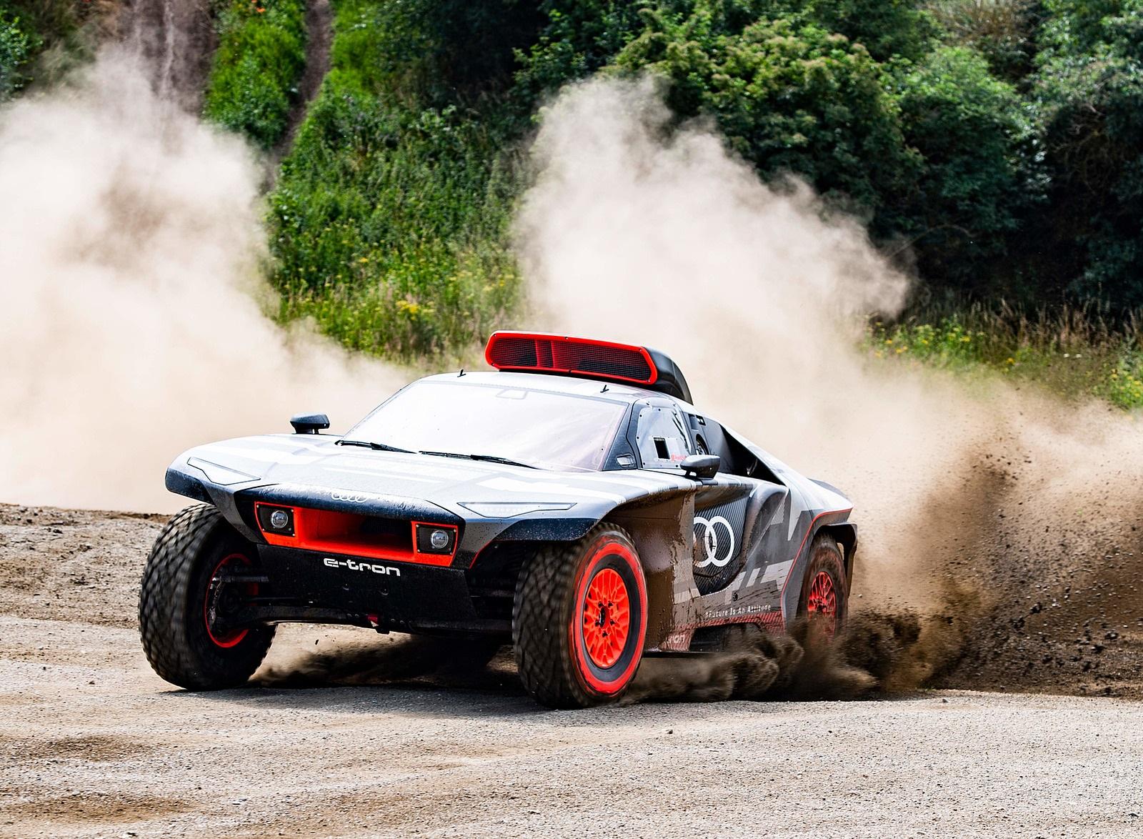2022 Audi RS Q e-tron Dakar Rally Off-Road Wallpapers  (1)